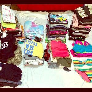 100+ women's bundle/lot clothes/random stuff